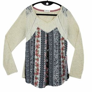 Taylor & Sage chiffon front pullover top